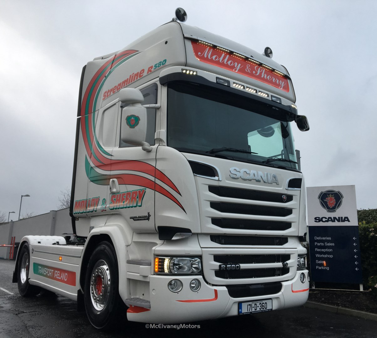 New R580 Crown Edition for Molloy & Sherry