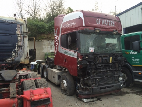 2004 Scania 164 Tag Axle TU