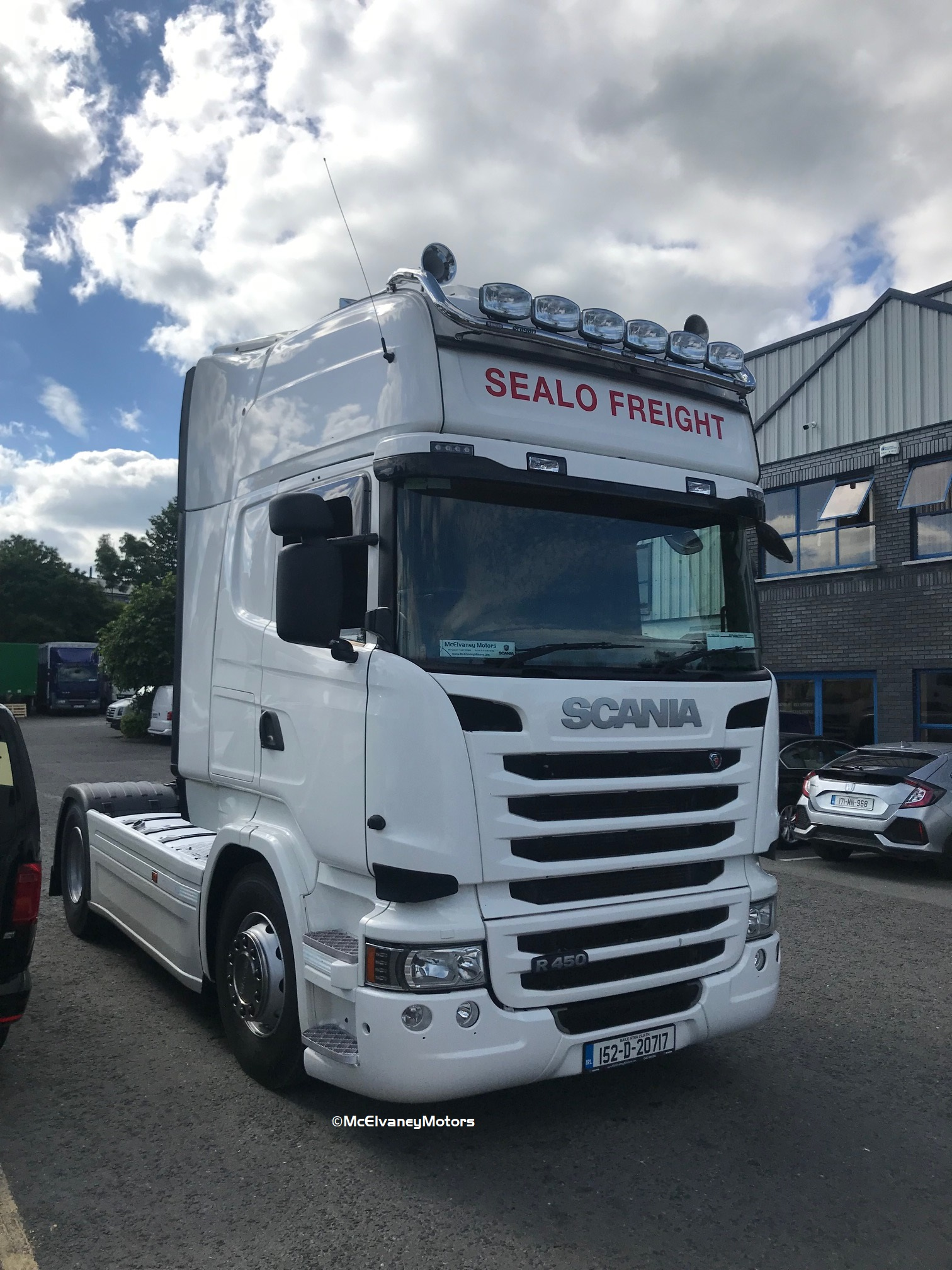 Beautiful Scania R450 for Sealo Freight