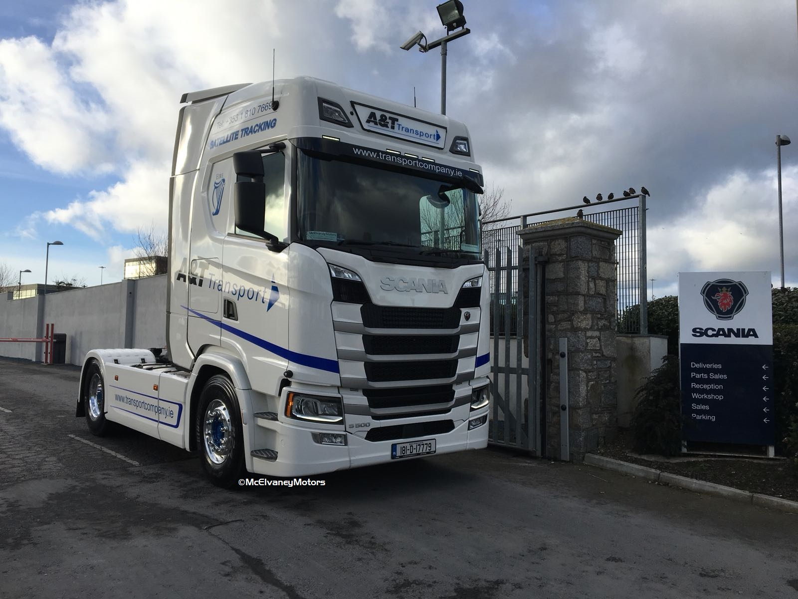 Stunning New S500 for A&T Transport
