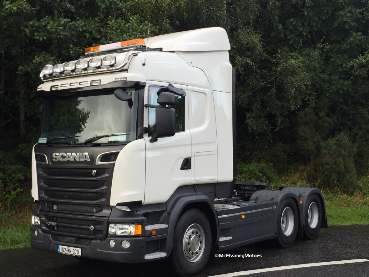 McCabes Contracts Purchase a New Scania R580