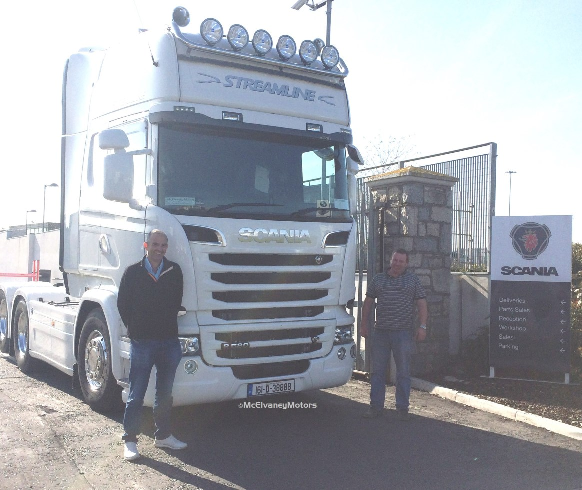 CoolCat Chooses a Scania R580